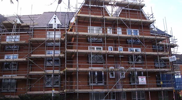 Domestic Scaffolding Hire for flats renovation in Bedford